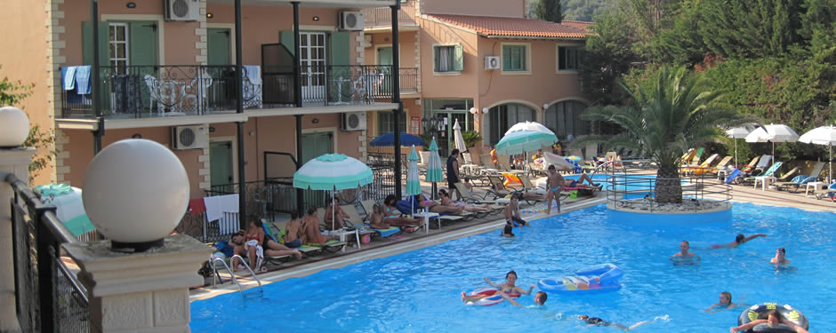 kassiopi apartments pool